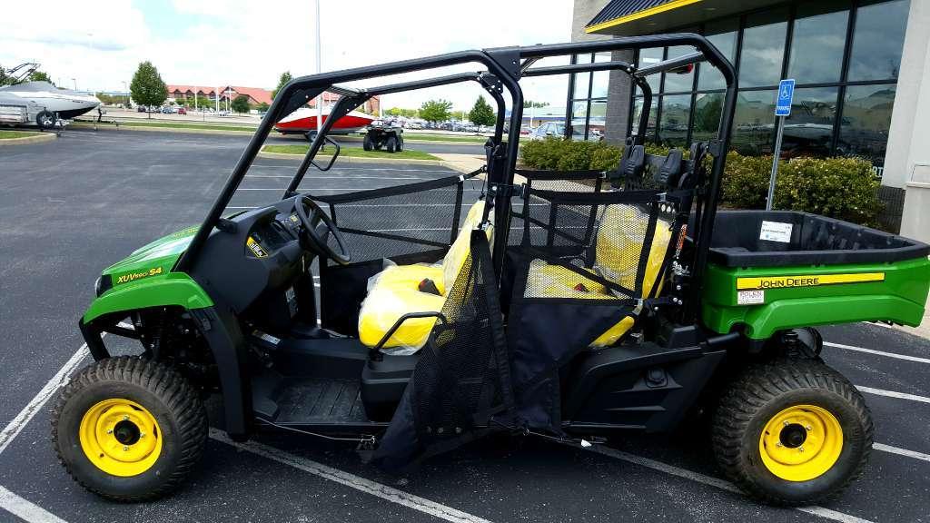 2016 John Deere Gator XUV590i S4 PS Green / Yellow