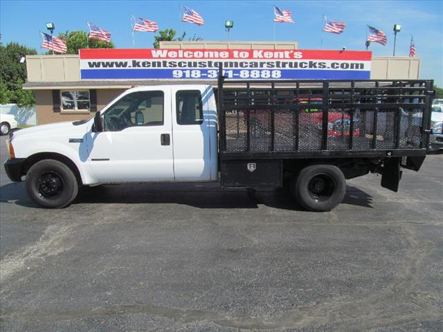 2000 Ford F-350 Super Duty  Flatbed Truck