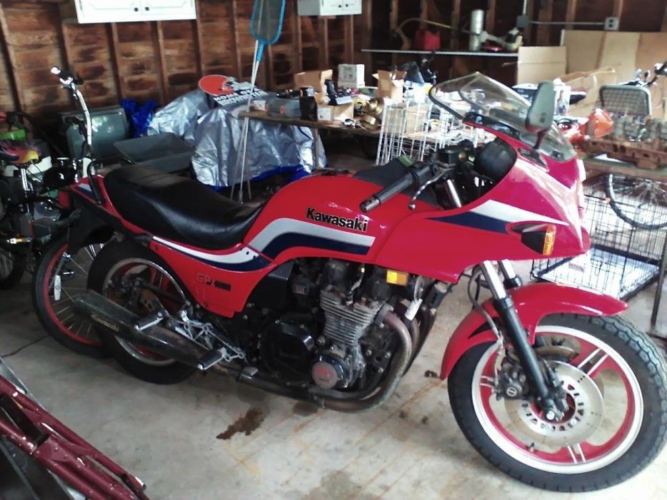 1983 Kawasaki GPZ 1100