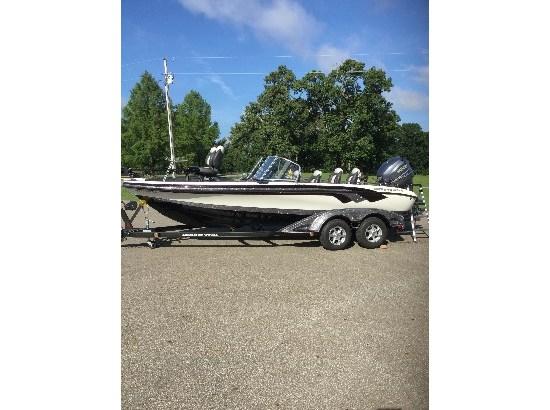 2011 Ranger 620 VS Fisherman