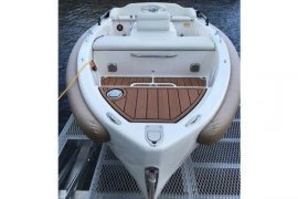2015 Evolution Yachts m-10
