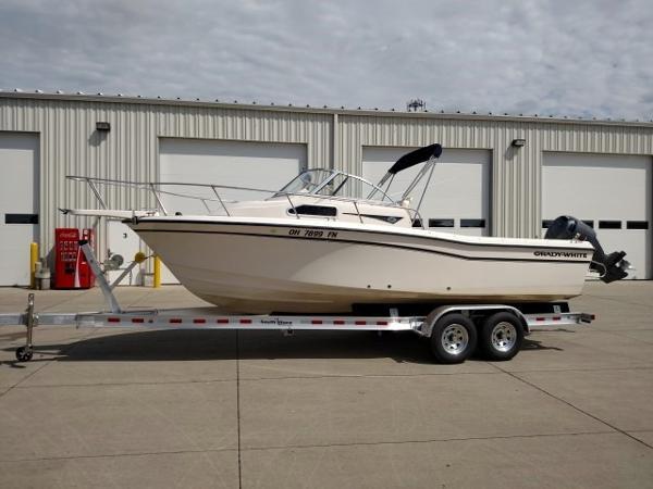 2001 Grady-White 228 Seafarer