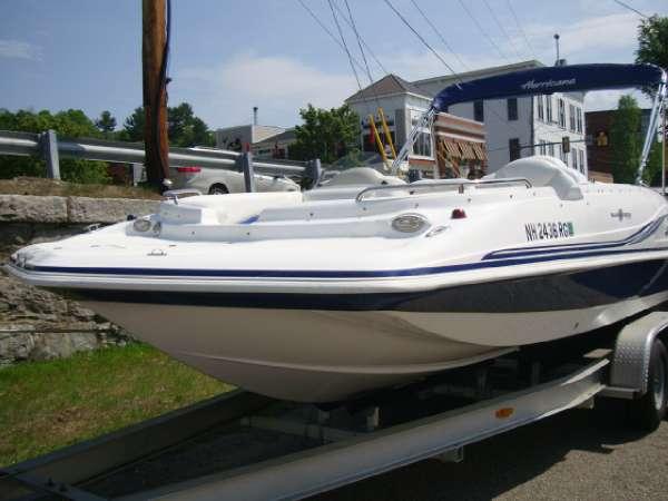 2012 HURRICANE BOATS SS 202 IO