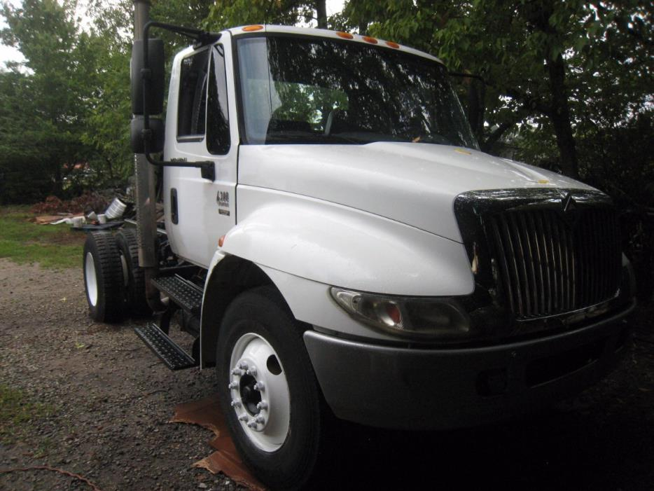 2005 International 4300  Cab Chassis