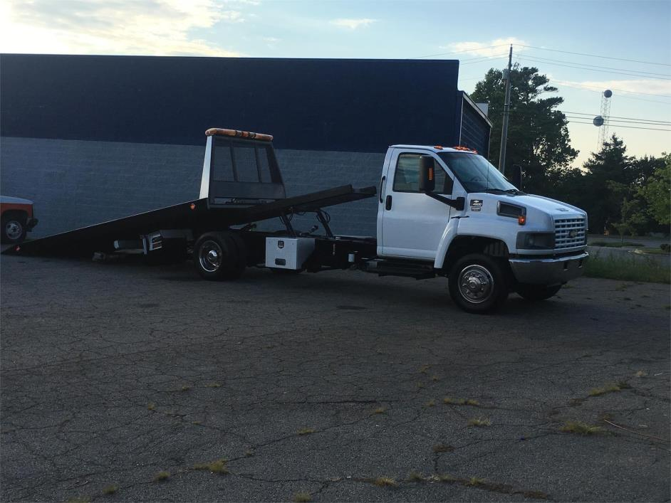 2003 Chevrolet C4500 Rollback Tow Truck