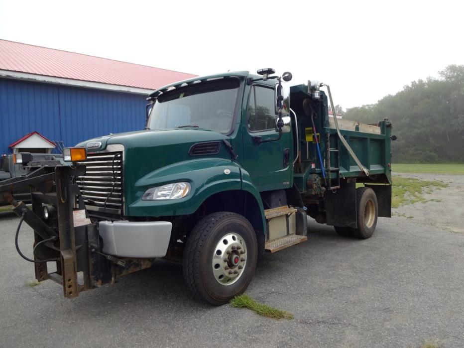 2011 Freightliner M2106v  Plow Truck - Spreader Truck