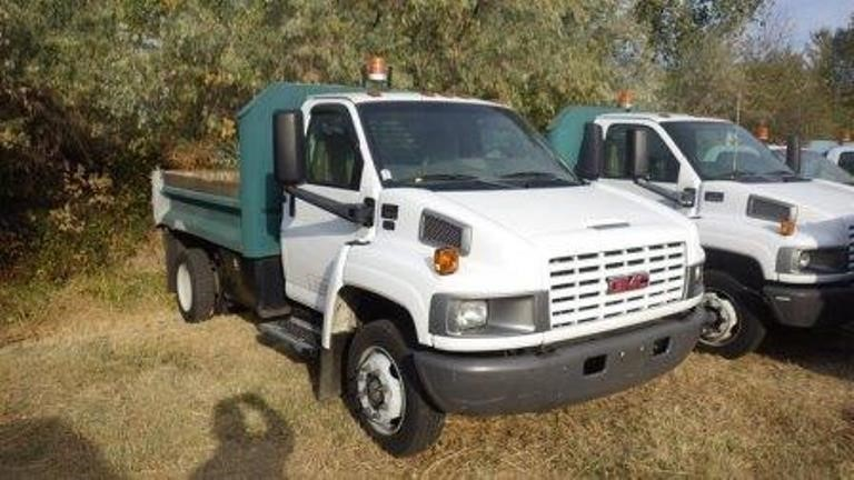 2004 Gmc C50  Dump Truck