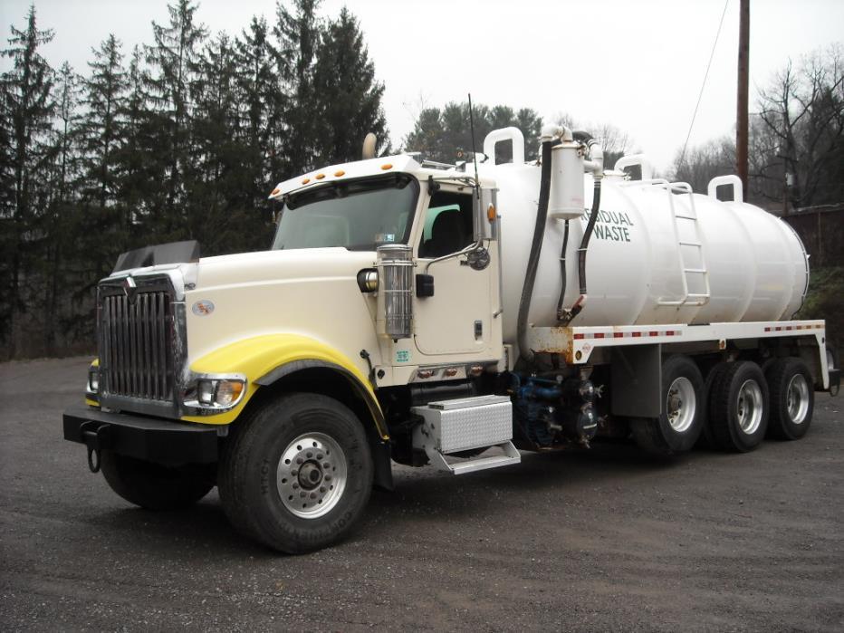 2011 International Paystar Vacuum Truck