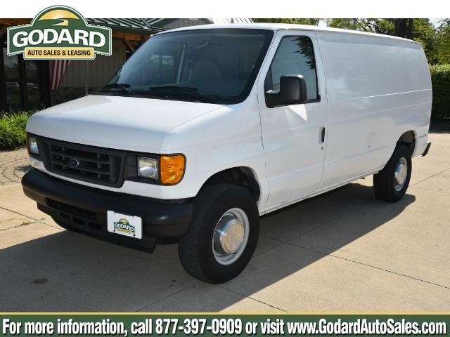 2004 Ford Econoline Cargo Van  Cargo Van