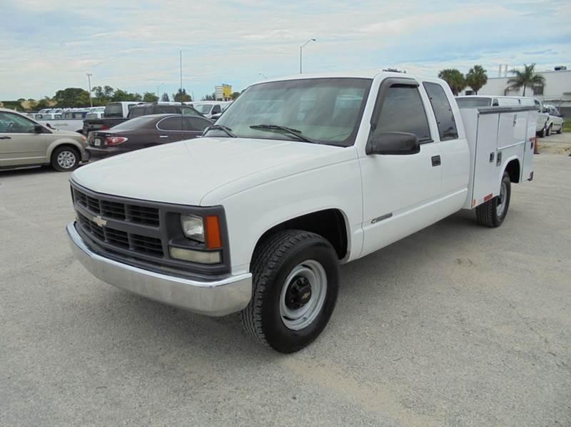 2000 Chevrolet C/K 2500 Series  Pickup Truck