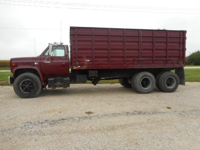 1980 Chevrolet C70 Farm Truck - Grain Truck