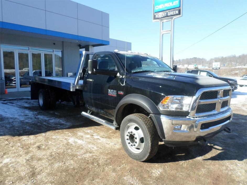2015 Dodge Ram 5500  Rollback Tow Truck
