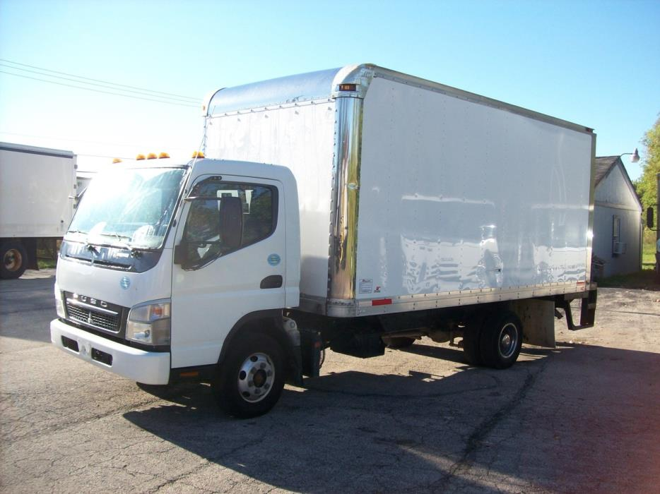 2010 Mitsubishi Fuso Fe145 Box Truck - Straight Truck