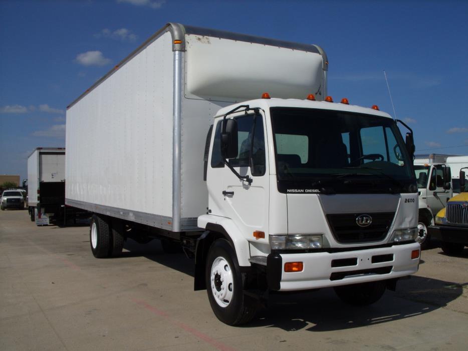 2010 Ud Trucks 2600  Box Truck - Straight Truck