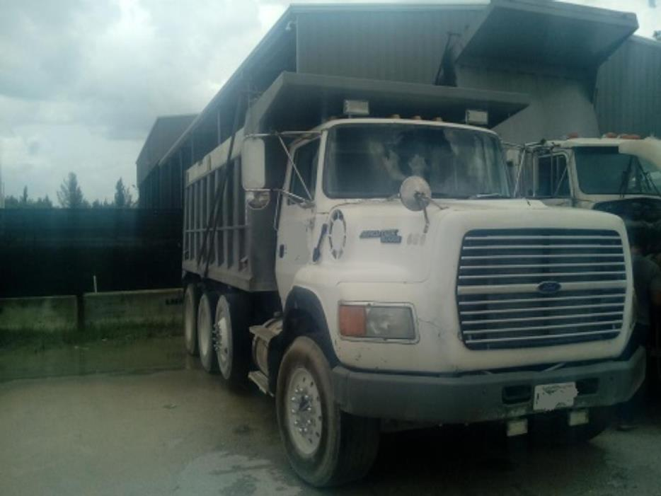 1992 Ford Aeromax  Dump Truck