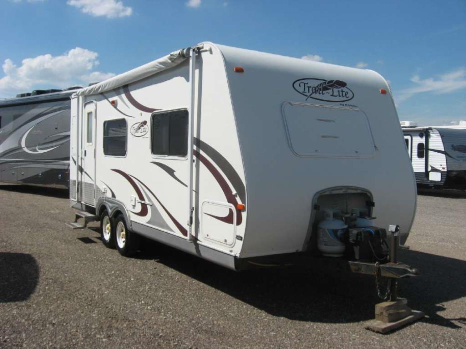 2007 R-Vision Trail-Lite 8230
