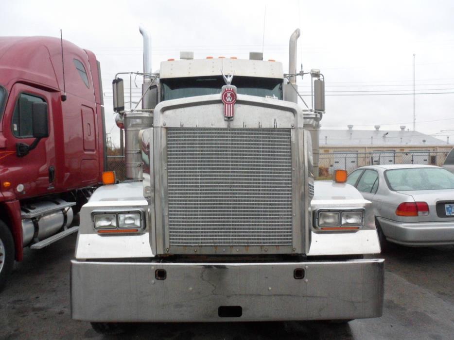 2005 Kenworth W900l Conventional - Sleeper Truck