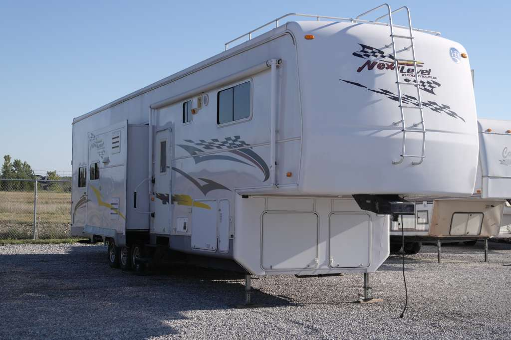 2007 Holiday Rambler Next Level 38 SKD