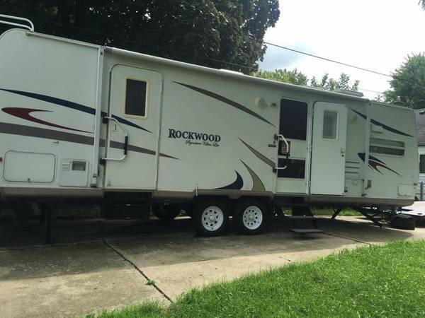 Forest River Rockwood Ultra Lite 8296ss RVs for sale