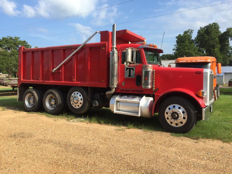 2004 Peterbilt 379 Dump Truck