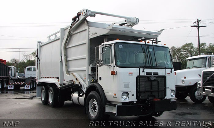 2006 Autocar Xpeditor Garbage Truck