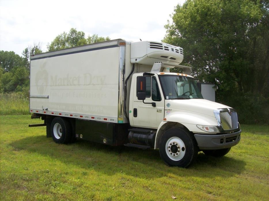 2005 International 4300  Food Truck