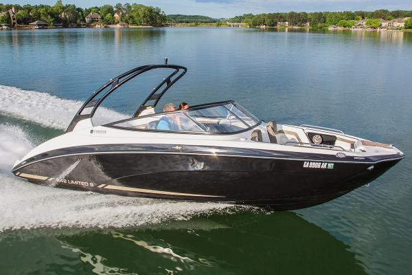 Yamaha limited s boats for sale in south carolina for Yamaha 24 boat