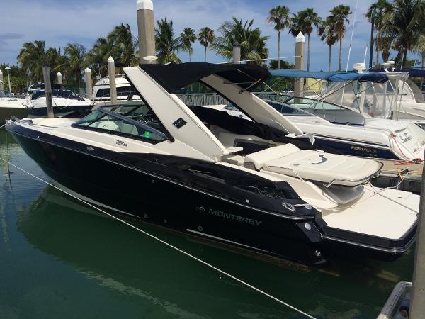 2013 Monterey 328 Super Sport