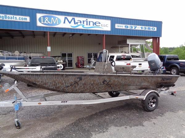 2016 Xpress Boats Xplorer CC Series XP180CC
