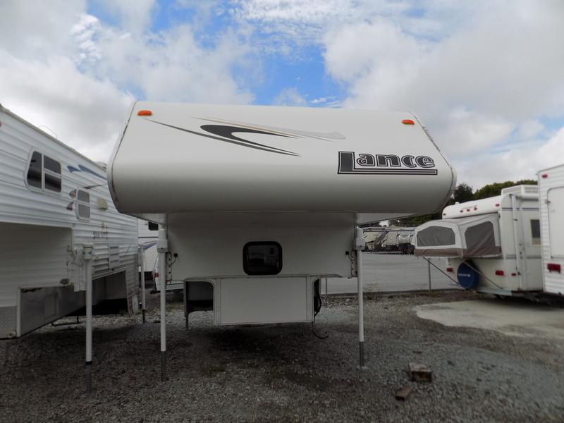 2007 Lance 845-8'8