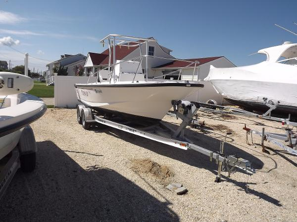 1998 Boston Whaler 21 Outrage