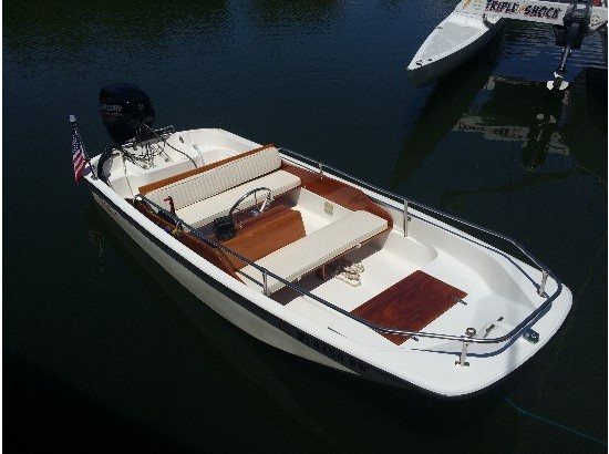 1985 Boston Whaler 130 Super Sport