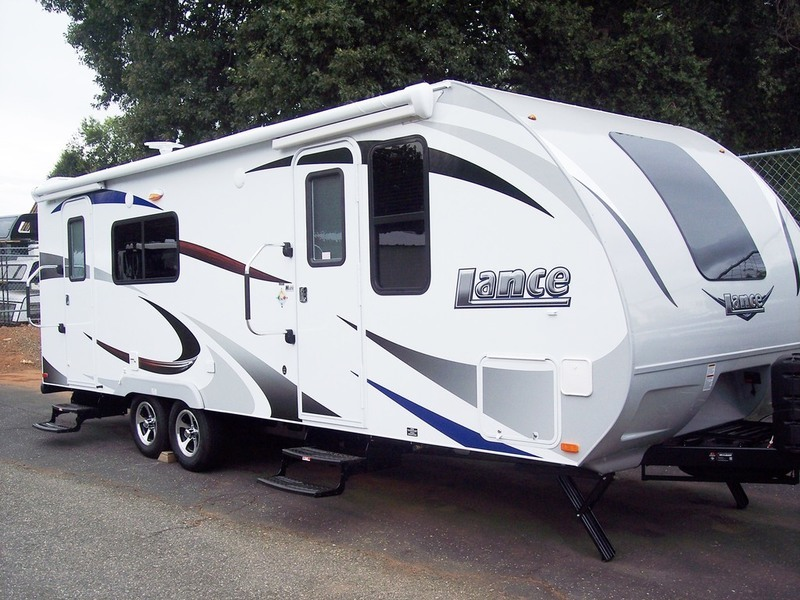2017 Lance Travel Trailers 2285