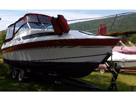 1990 Imperial Boats 2600