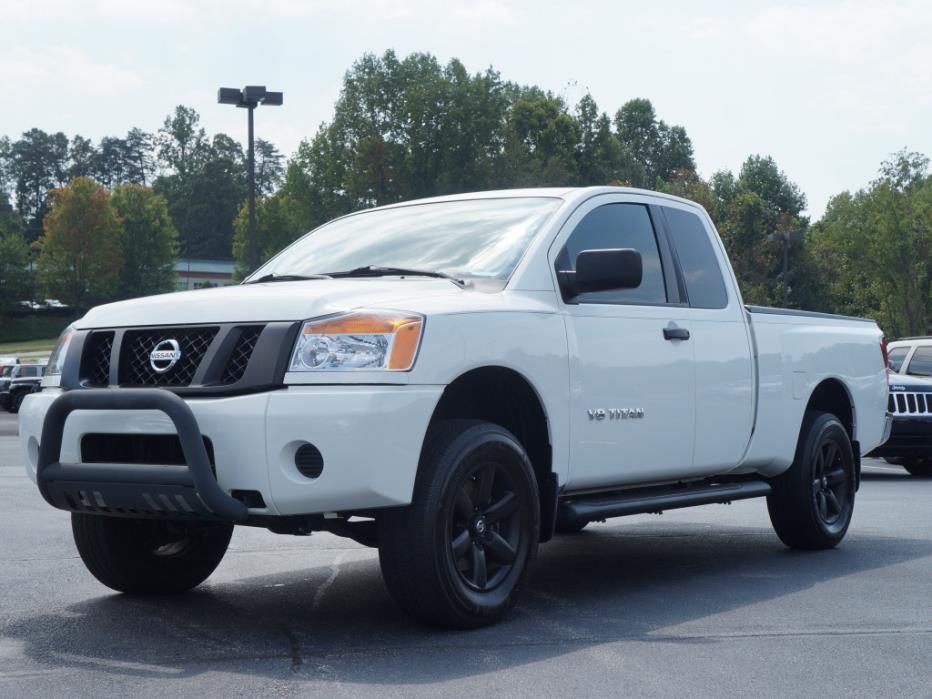 2012 Nissan Titan S Pickup Truck