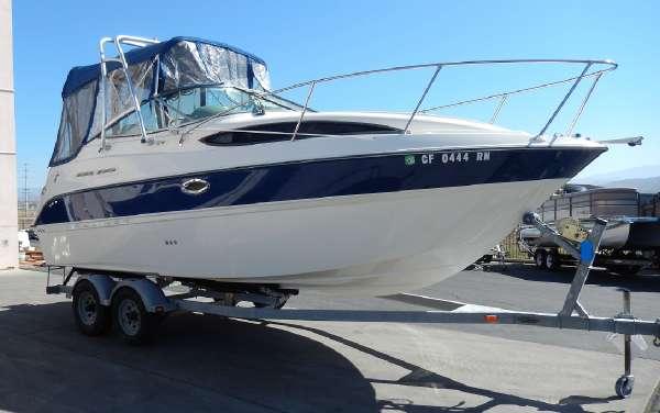 2007 Bayliner 245 SB Cruisers