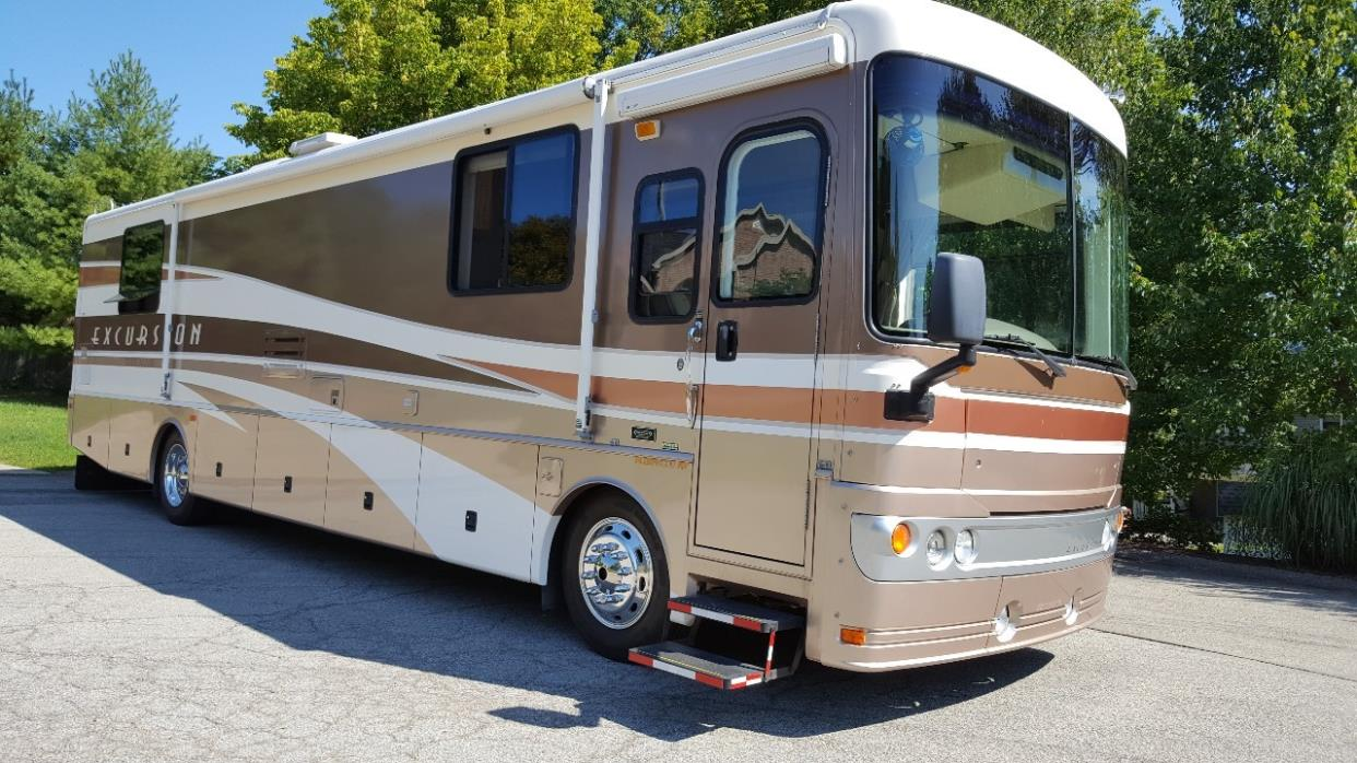 2003 Fleetwood EXCURSION 38U