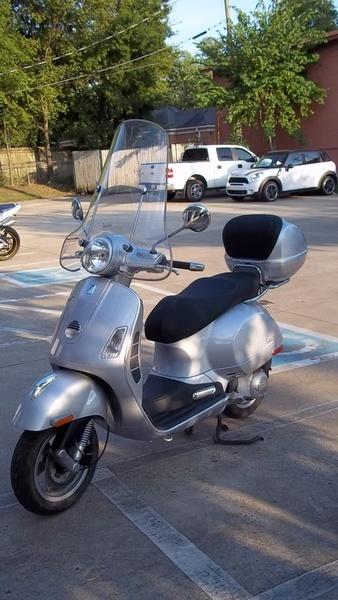 2008 Vespa Select Model