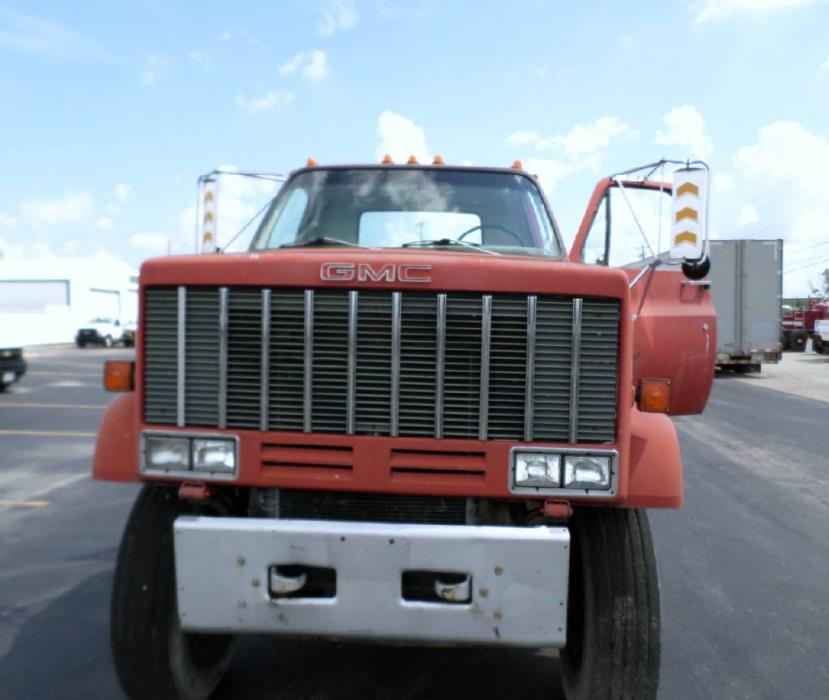 1985 Gmc 7000 Flatbed Truck