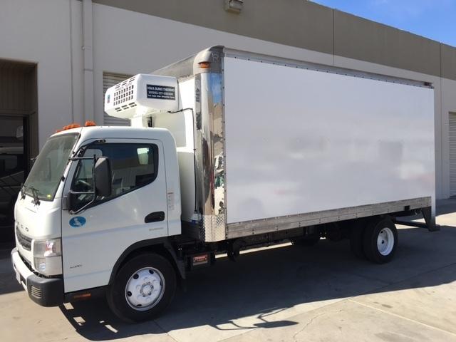 2015 Mitsubishi Fuso Fe160  Food Truck