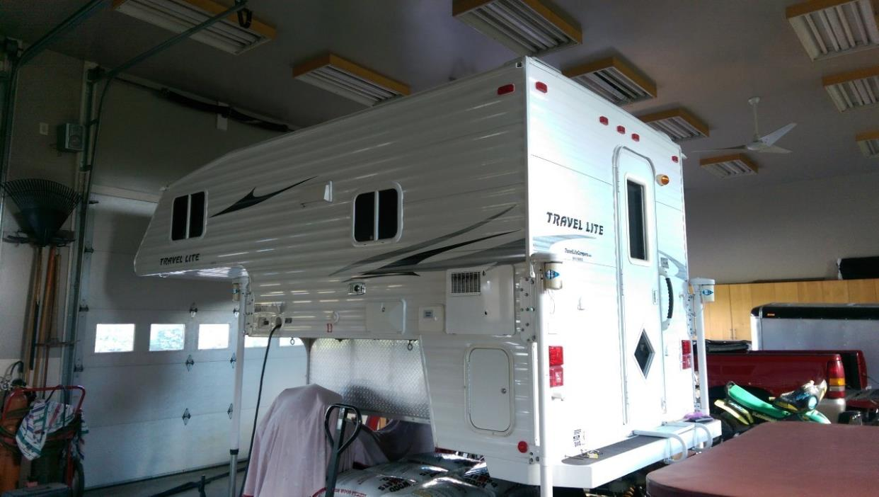 2010 Travel Lite 840SBRX