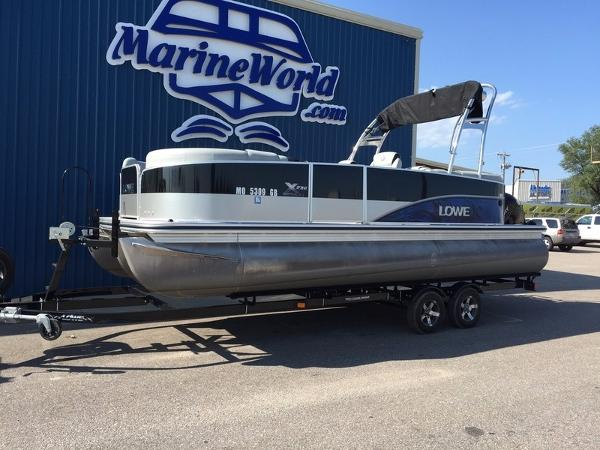 2014 LOWE BOATS X Series X230