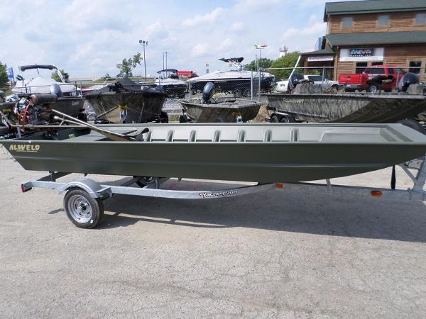 Aluminum fishing boats for sale in fenton michigan for Fishing boats for sale in michigan