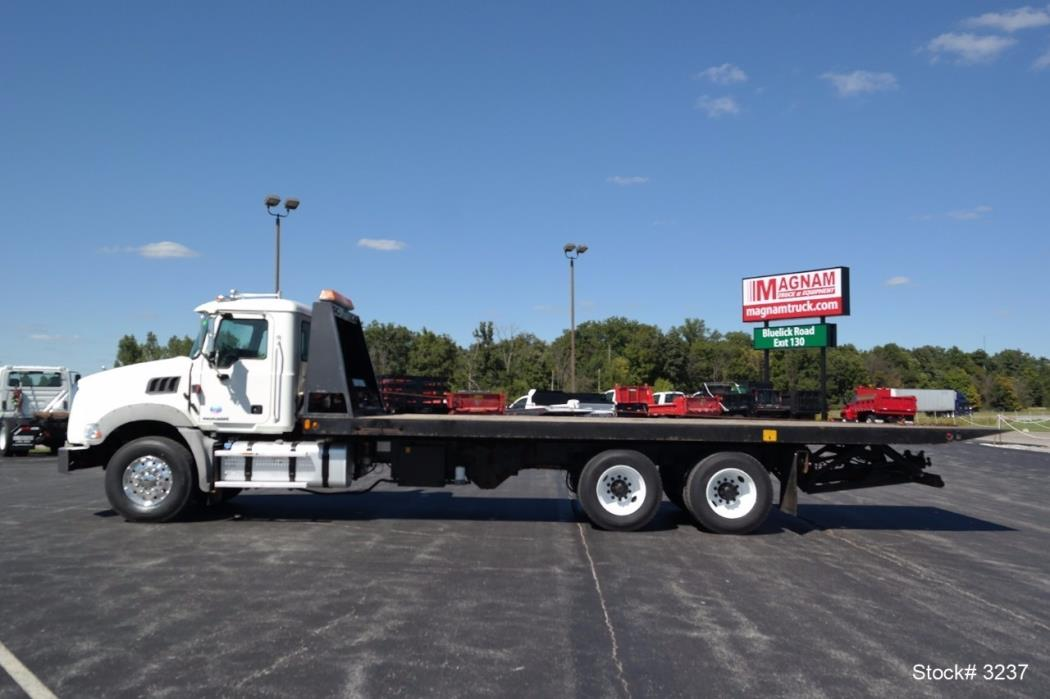 Tri Axle Roll Back : Mack cars for sale in lima ohio