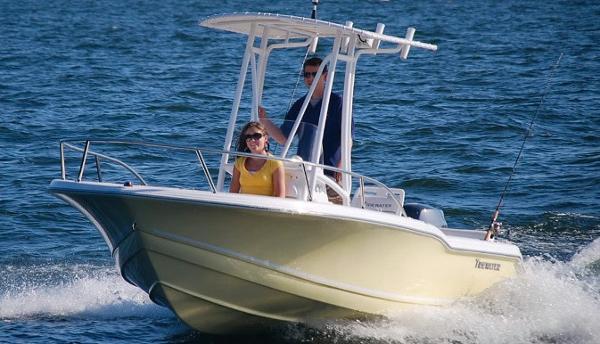 2015 Tidewater 180 CC Adventure