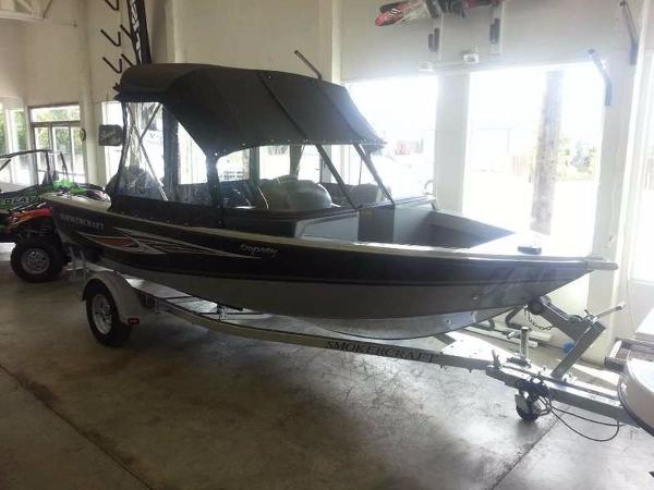 2015 SMOKERCRAFT Osprey 162
