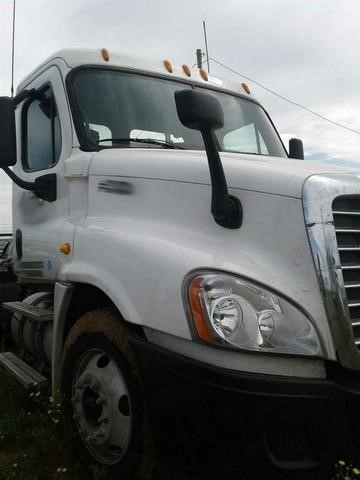 2009 Freightliner Cascadia 125 Cab Chassis