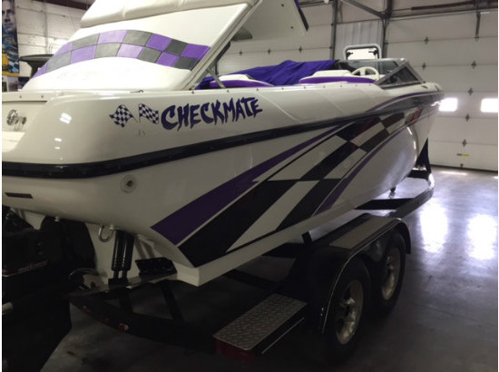 1998 Checkmate Boats Inc ZT240