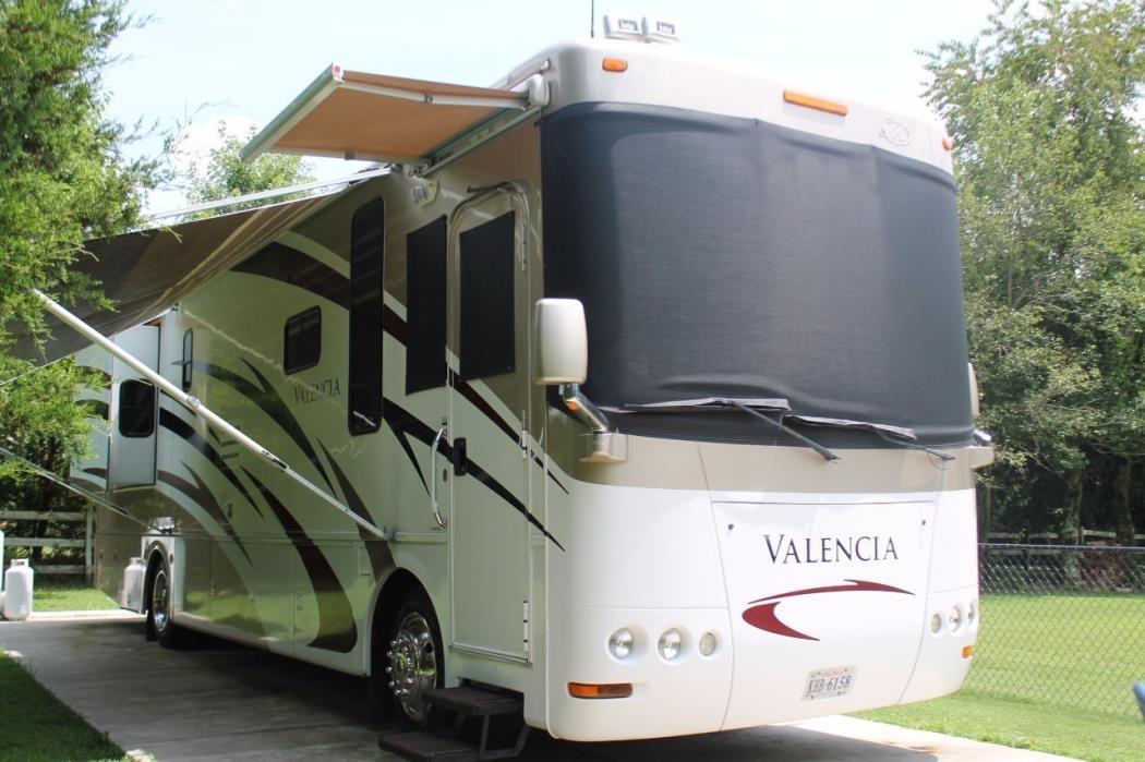 2007 Mandalay Coach Valencia 36a Class A RV