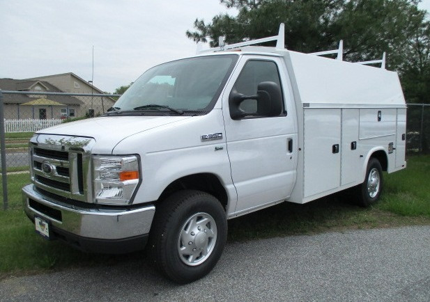 2016 Ford E350 Mechanics Truck